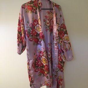 Satin robe with matching belt small medium
